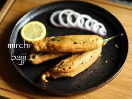 2019 पनीर वाली मिर्ची वड़ा बनाने की आसान विधि मेरे स्टाइल में! Mirchi Bajji Recipe in Hindi with photo? [Step By stap] Step 25