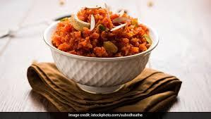 गाजर का हलवा बनाने की सबसे आसान विधि!! How to make Carrot halwa in hindi Step By Step Photo?  Step 21